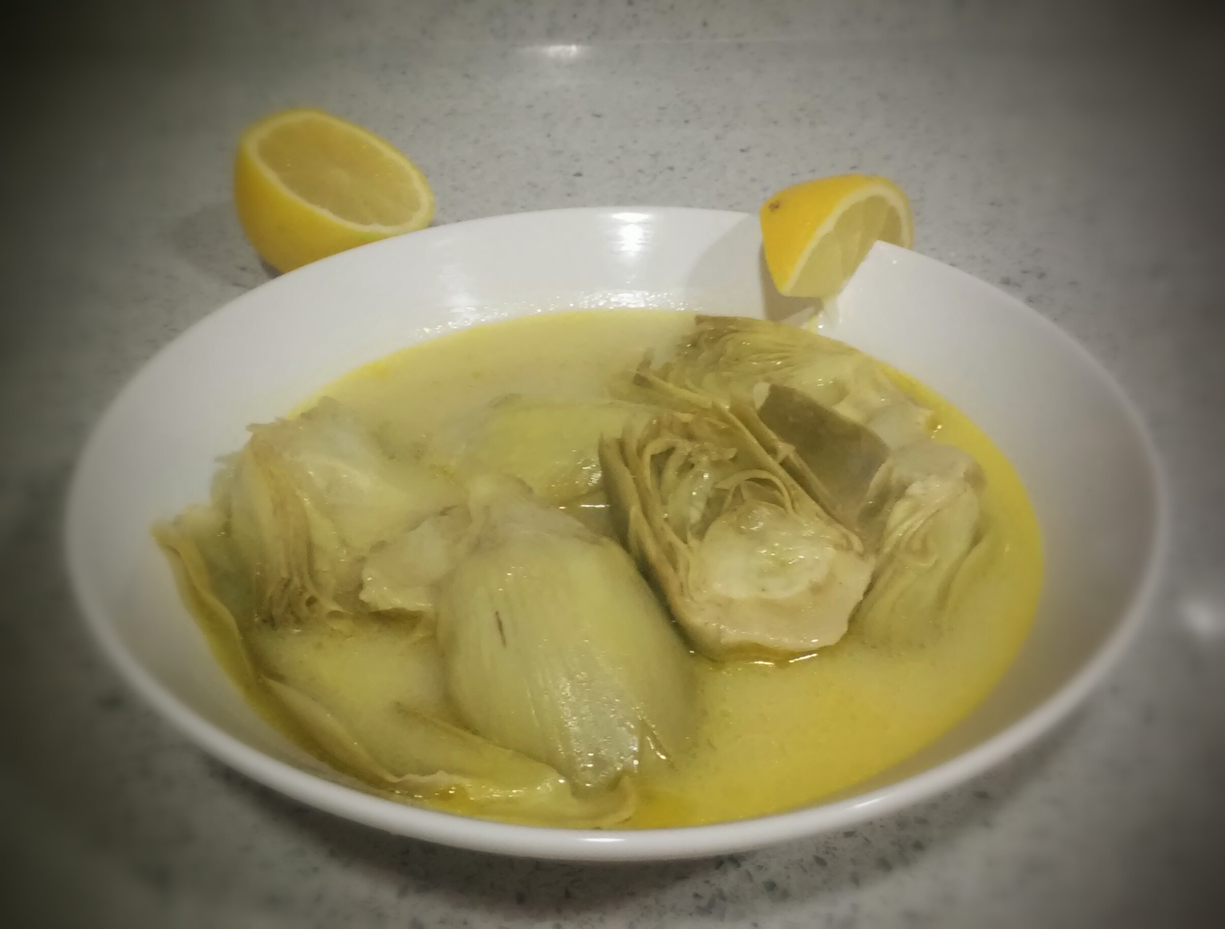 Alcachofas con limón