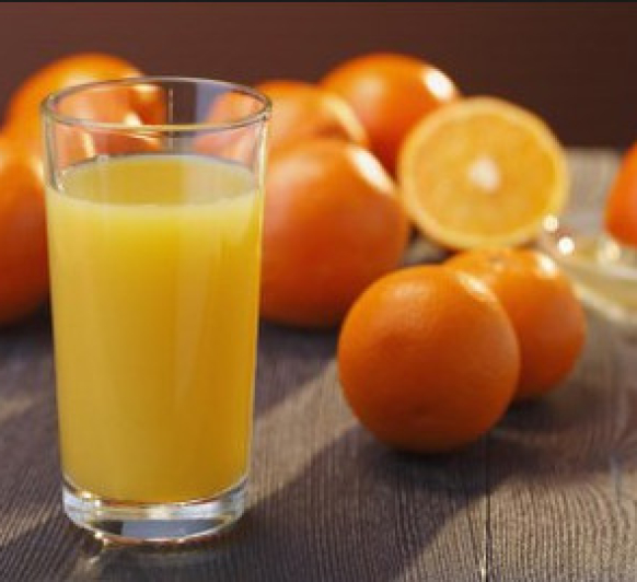 Zumo de naranja y papaya