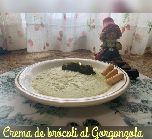 Crema de brócoli al Gorgonzola
